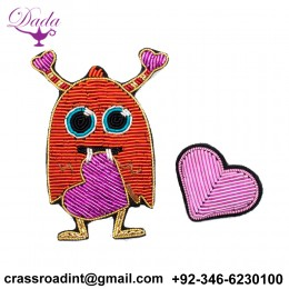 3D Handmade embroidery badges The monster pink heart Embroiderd metal wire applique for Coat Trousers Bag Brooch Placa Broche