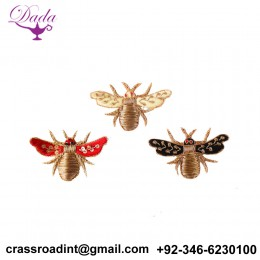 bee brooch hand embroidery Indian silk badges emblem china motif creative brooch decorative pins simple brooch
